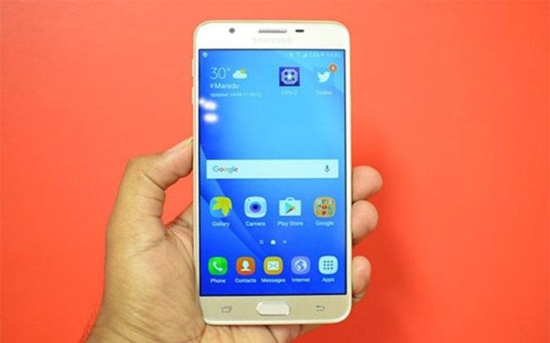 Màn hình Samsung bị đốm sáng