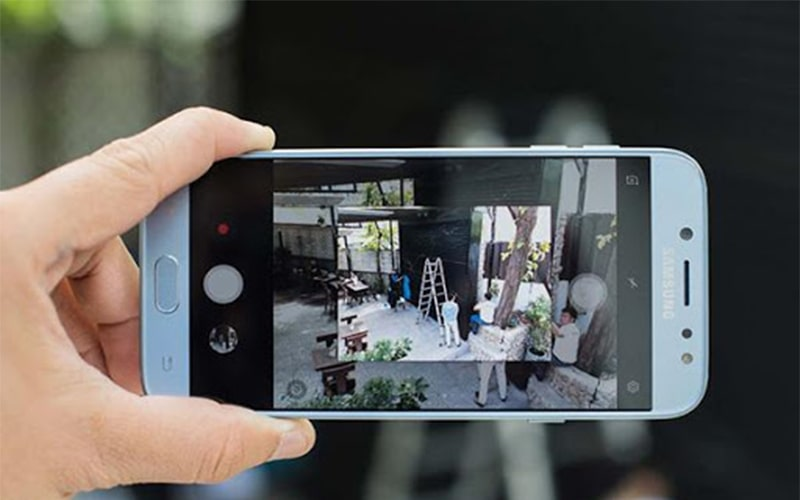 Camera Samsung bị rung khi lấy nét