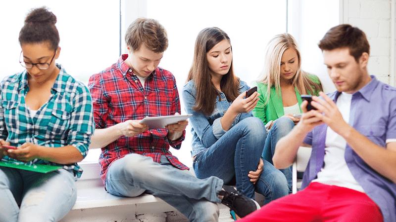 Nhu cầu mua, lắp ráp linh kiện điện thoại của người dùng cao